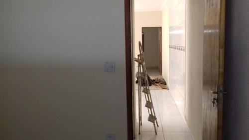 casa nova com 2 quartos, escritura, só 75 mil + parcelas