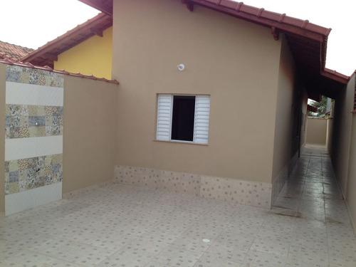 casa nova com 2 quartos na praia, ótimo bairro! financia!