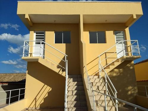 casa nova com 2 quartos, opção térrea ou sobreposta, parcela