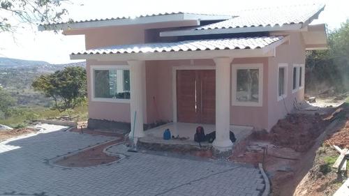 casa nova com 90 metros, 2 quartos sendo 1 suíte
