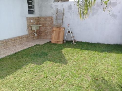 casa nova com escritura em itanhaém, praia, financia!