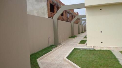 casa nova de condomínio em itanhaém/sp