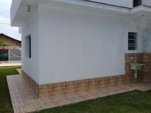 casa nova, diferenciada, lado praia, financia, visite!
