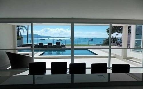 casa nova e luxuosa de frente para o mar em jurerê, pé na areia, oportunidade única!