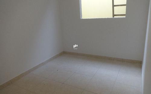 casa nova em condomínio em praia grande s.paulo.