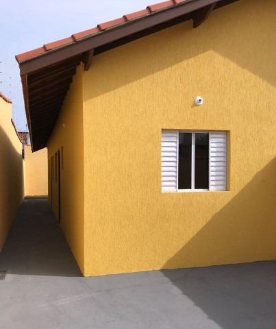 casa nova em itanhaém com 03 dormitórios !!!