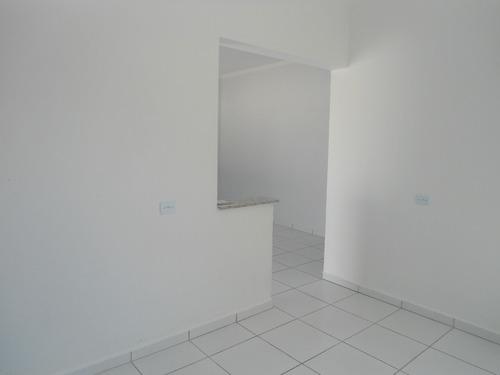 casa nova em lote inteiro ref. 693