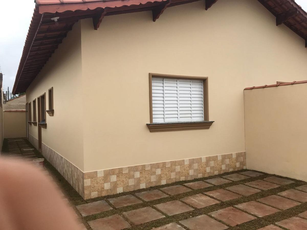 casa nova em mongaguá  r$ 180 mil.