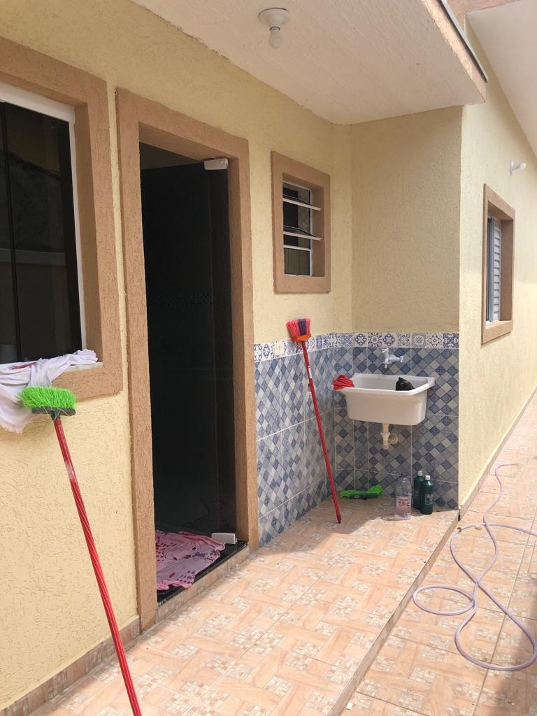 casa nova lado praia  em itanhaém com piscina r$ 269 mil