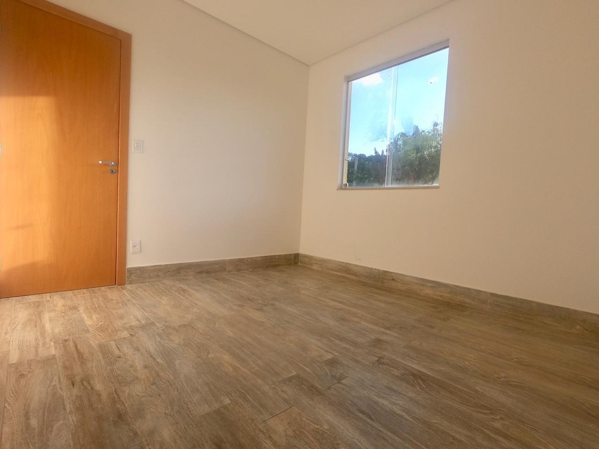 casa nova. moderna. 3 quartos com suite e closet. totalmente independente. - 1016