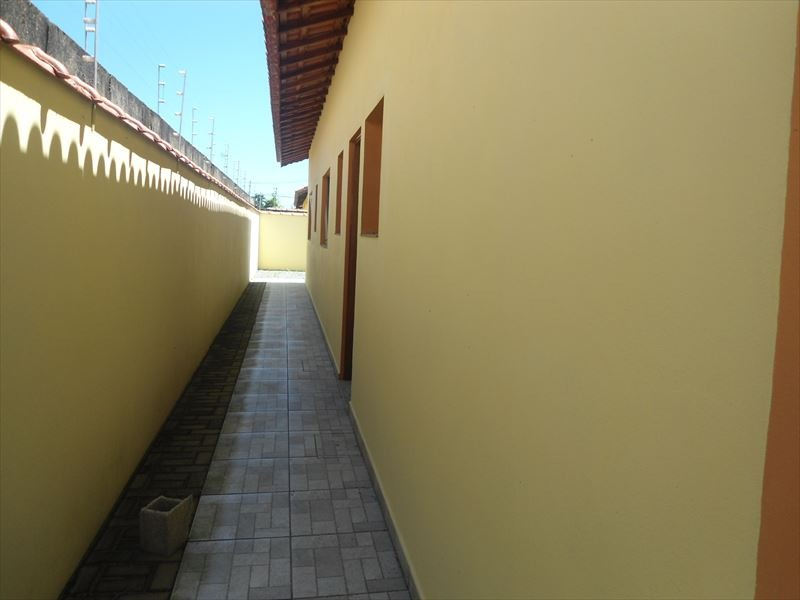 casa nova na praia - itanhaem -sp