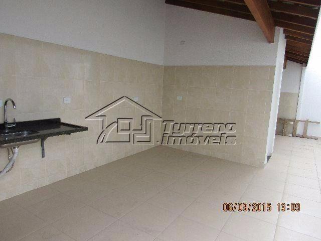 casa nova térrea, ampla, ventilada e ensolarada