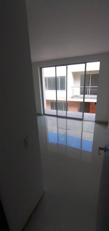 casa nueva 200 mts mucha luz natural, espacios generosos,