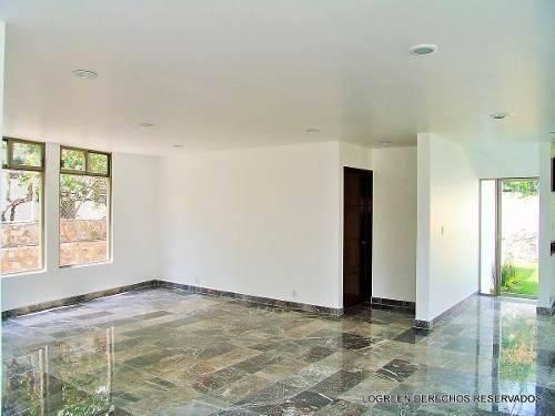 casa nueva con amplios e iluminados espacios, buenos acabado