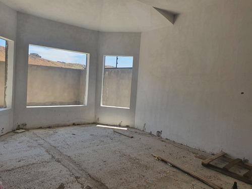 casa nueva con excelentes espacios