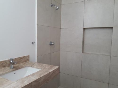 casa nueva en exclusiva privada muy cerca de prolongación montejo y fco de montejo.