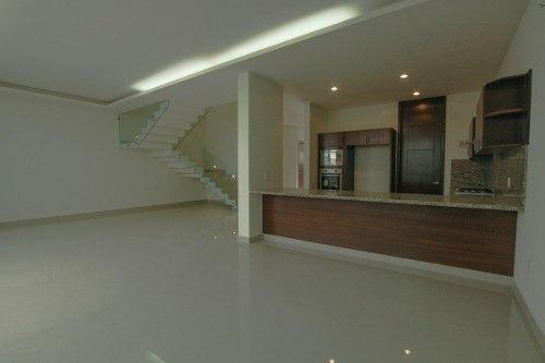 casa nueva en fluvial vallarta con alberca