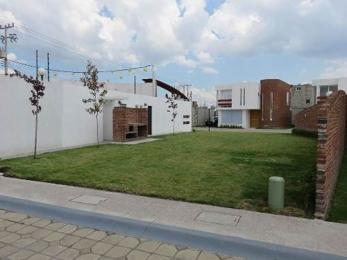 casa nueva en fraccionamiento espacio 1 san mateo atenco