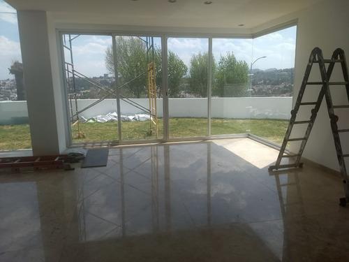 casa nueva en lomas de  bellavista, en fracc cerrado