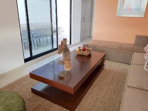 casa nueva en privada con alberca semiolímpica en juriquilla