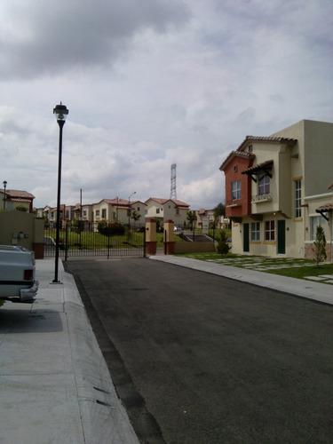 casa nueva en real solare