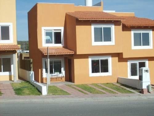 casa nueva en renta en altavista juriquilla (da)