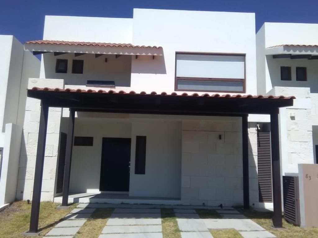 casa nueva en renta  en altozano con membresía anual en el club incluida