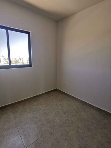 casa nueva en renta en zakia, vigilancia, alberca, gym