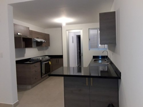 casa nueva en renta en zibata qro. mex.