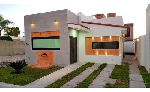 casa nueva en venta de una planta en queretaro. ideal para adultos mayores