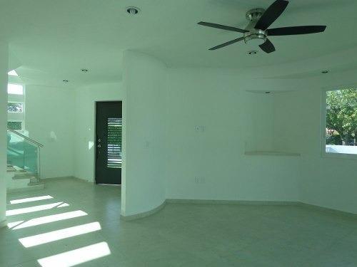 casa nueva en venta, en el fraccionamiento lomas de cocoyoc.