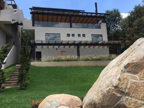 casa nueva en venta en el pueblo