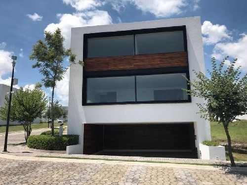 casa nueva en venta en zona azul en lomas de angelópolis