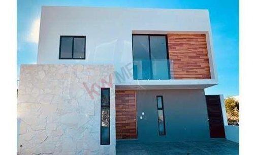 casa nueva en venta zibata jicuri