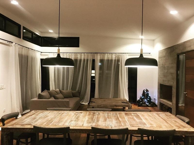 casa nueva moderna con muy buen entorno