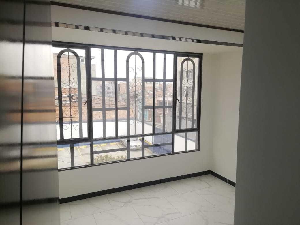 casa nueva rentable de 3 piso con 5 apartamentos