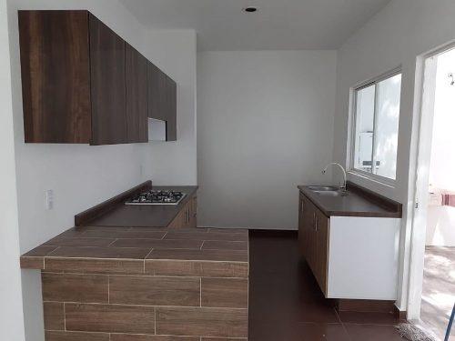 casa nueva sola con alberca col 3 de mayo grande 3 recamaras