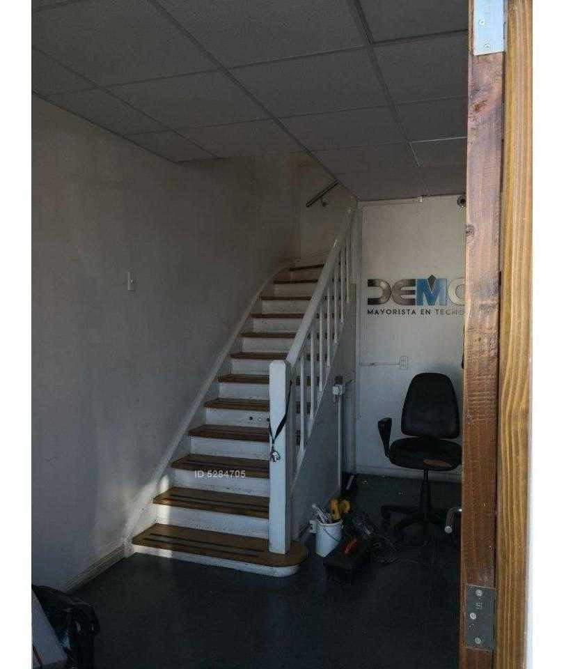 casa oficina a pasos del metro bustamante