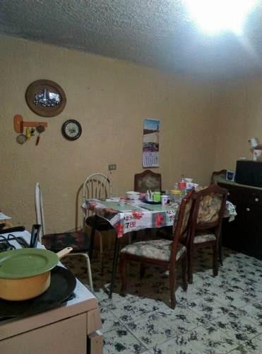 casa-oficina céntrica con bodega.