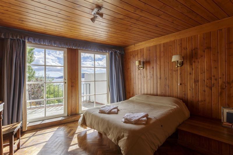 casa - pájaro azul - junto a casco art hotel - costa al lago