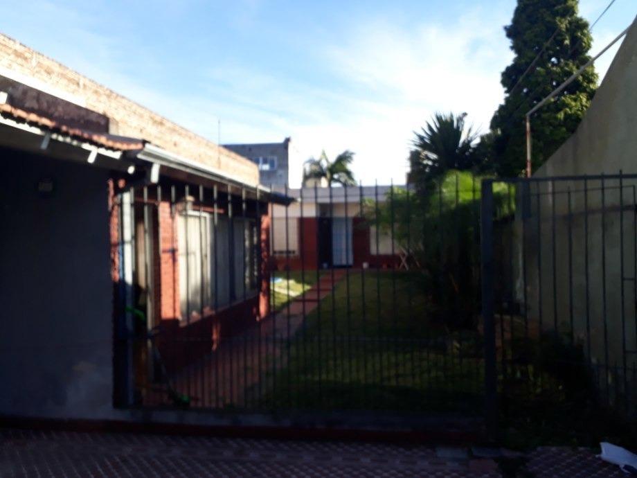 casa para 2 familias en venta en lanus este