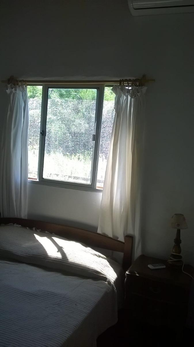 casa para 5 o 6 personas  2 dormitorio uno con aire  acondic