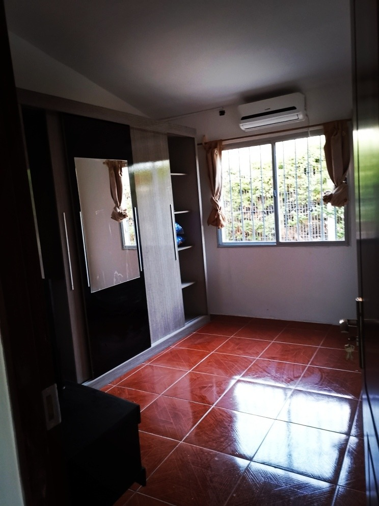 casa para 6 personas, con 3 dormitorios  y piscina!!