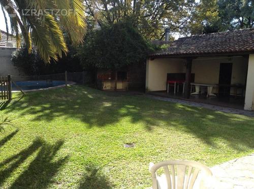 casa para actualizar con gran jardín y pileta