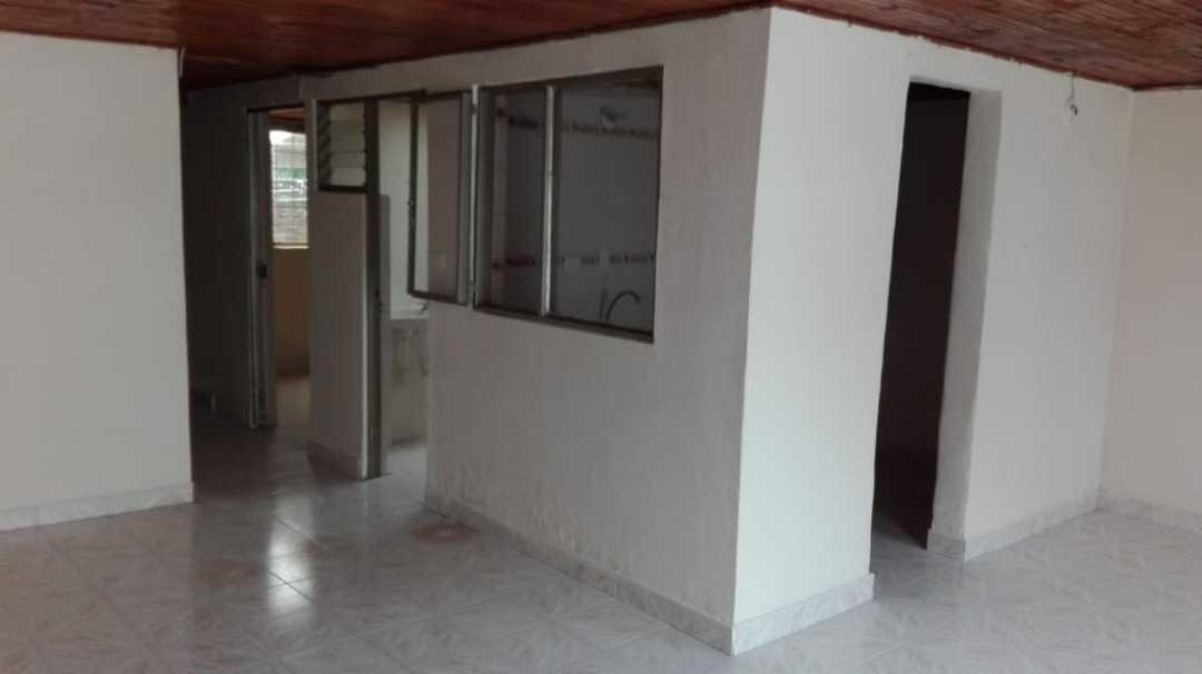 casa para la venta al sur de armenia.
