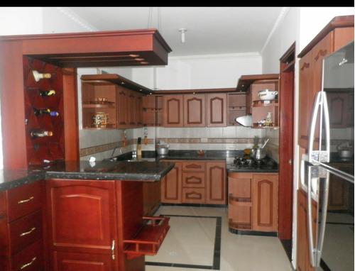 casa para la venta en conjunto cerrado armenia