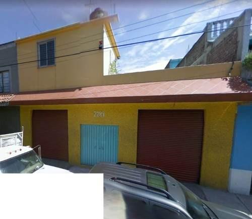 casa para negocio en iztacalco, por metro coyuya