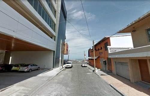 casa para oficina o negocio, a metros del mar y del boulevard