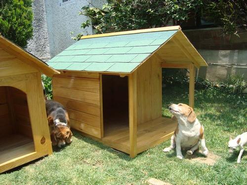 Casa para perro de madera residencial con terraza d lujo - Como hacer una casa para perro grande ...