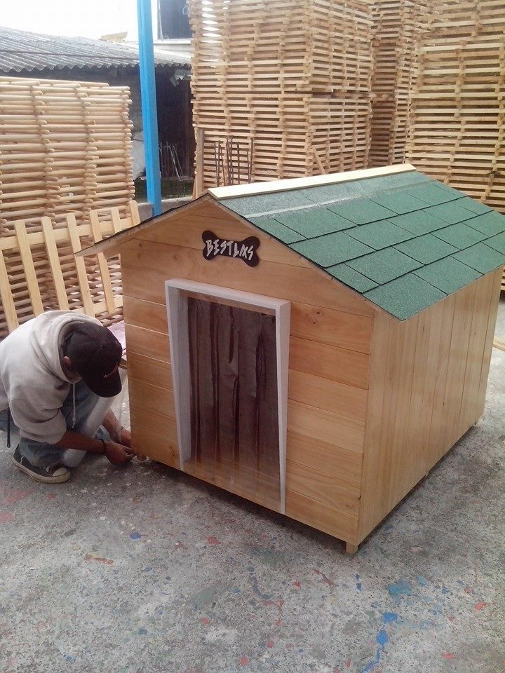 Casa para perro de madera tipo snoopy numero 7 vbf - Casas para gatos de madera ...